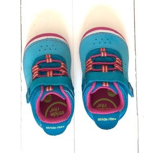 Stride Rite Toddler Sneakers 4.5w